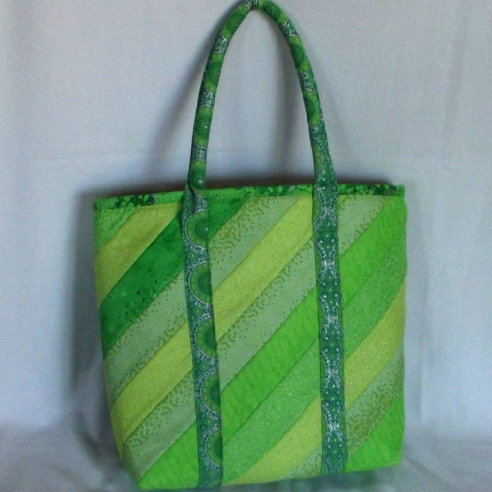 20401 front green tote