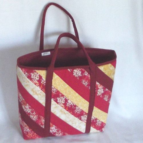 20302 back red tote