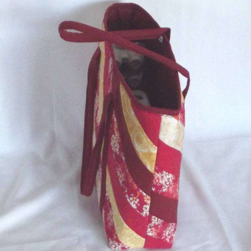 20302 s1 red tote