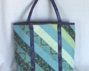 20501 front blue green tote