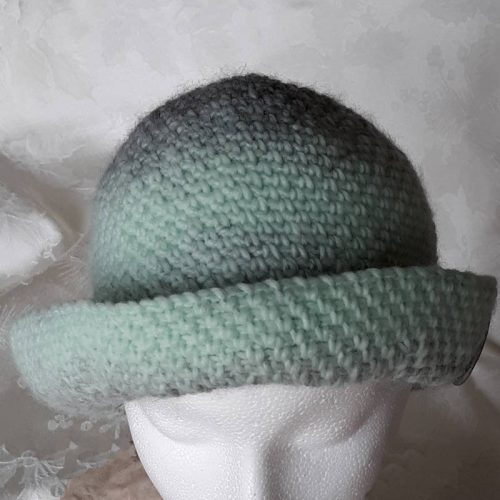 mint cloche derby