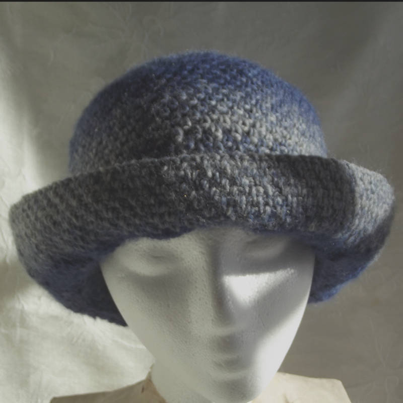 30701 turquoise hat derby